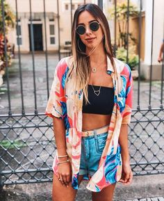 Are the concert birds here? Today we have great outfit looks for you. Popular outfit ideas for summer events with 26 pics of Perfect Festival Looks. Festival Looks, Festival Mode, Festival Style, Vintage Summer Outfits, Spring Outfits, Fall Beach Outfits, Outfit Beach, Coachella Outfit Ideas, Winter Outfits