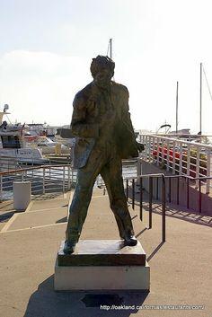 Statue of Jack London. Oakland, United States.