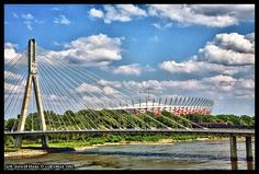 Warszawa - Most Świętokrzyski a za nim Stadion Narodowy, widok z Centrum Nauki Kopernik | Mapio.net