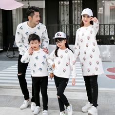 Family Set Mother and Daughter Father Son Clothes Family Clothing Parent-Child Family Style Set Jumpsuit Nursing Clothing Couple Outfits, Matching Family Outfits, Mom Outfits, Trendy Baby Clothes, Clothes For Women, Mother Father And Baby, Dad Outfit, Daddy And Son, Mother Daughter Outfits