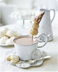 hot chocolate and marshmallow snowman