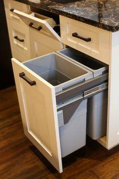 Hickory Kitchen - transitional - kitchen - toronto - Paragon Kitchens