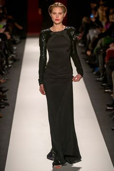 Carolina Herrera Fall 2013 RTW - a tall and  classy celebrity would like great in this like nicole kidman or charlize theron!