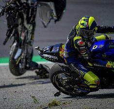 Motogp Valentino Rossi, Valentino Rossi 46, Austrian Grand Prix, Photo Sequence, Motogp Race, Honda Cars, Honda Auto, Vinales, Yamaha Motorcycles