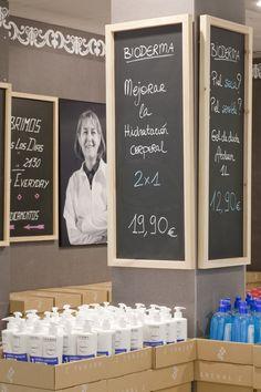 Arenal2 Pharmacy Madrid Designed by Marketing Jazz210