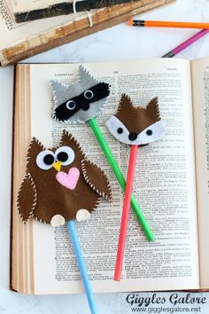 Adorable DIY Felt Woodland Pencil Toppers