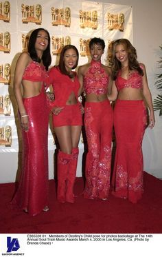 embarrassing Destiny's Child outfits-- so much midriff