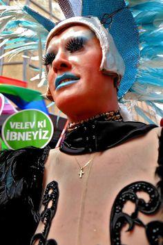 12. İSTANBUL LGBT ONUR YÜRÜYÜŞÜ