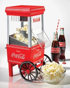 Nostalgia Electrics Pipoqueira Hot Air Coca-Cola® Series - <b>Lançamento!</b>