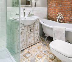 Zdjęcie nr 3 w galerii - Kolorowe płytki w łazience - aranżacje
