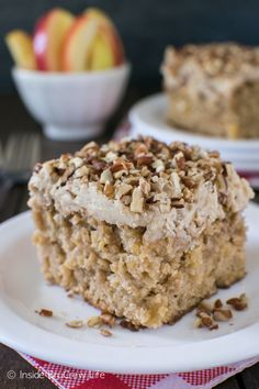 praline cake Fresh apples and a praline candy frosting make this the best Apple Praline Cake you will have. It is the perfect cake to kick off fall baking with. 13 Desserts, Apple Desserts, Apple Recipes, Delicious Desserts, Cake Recipes, Dessert Recipes, Fresh Apple Cake, Fresh Apples, Pecan Pralines