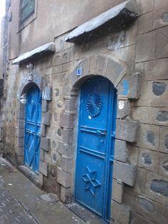 turkey, siverek  rain & doors
