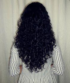 Corte em camadas para cabelos cacheados | Leila Chaves