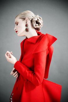 """color-junkie:  Guinevere van Seenus in """"Simply Enchanting""""..."""