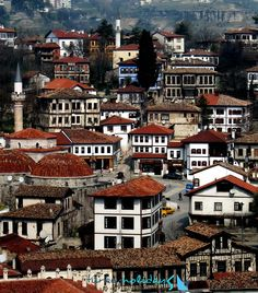 Wooden houses in Safranbolu, northern Anatolia, Turkey. Safranbolu was added to the list of UNESCO World Heritage sites in 1994 due to its well-preserved Ottoman era houses and architecture. Cool Places To Visit, Great Places, Places To Go, Beautiful Places, Istanbul, Georgie, Capadocia, Visit Turkey, Foto Blog