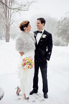 Nothing like a portrait in the snow | Brides.com