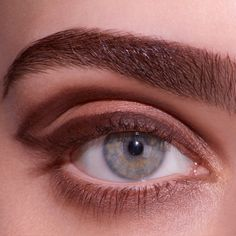 For an Angled brow, define and fill brows with Veluxe Brow Liner, keeping it softer at the front of the brow, and building intensity toward the arch and tail of the brow. Set colour and perfect shape by applying Brow Set in Clear. #MACBrowsAreIt!