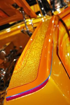 Photography Custom Motorcycle Paint Jobs, Custom Paint Jobs, Custom Cars, Air Brush Painting, Car Painting, Painting Tips, Car Paint Jobs, Auto Paint, Candy Paint