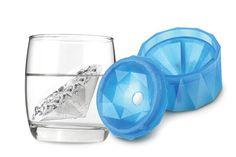 Un molde para hacer un hielo con forma de diamante. ¡Impresionante!. Foto: iinlife.com