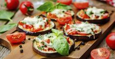Mini Baked Eggplant Pizza Bites - Fry's Food Stores Ways To Cook Eggplant, Eggplant Pizza Recipes, Eggplant Pizzas, Baked Eggplant, Vegan Eggplant, Healthy Pizza, Healthy Appetizers, Aubergine Pizza, Zucchini Pizza Bites