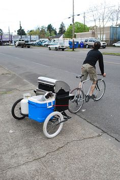 Combined #BBQ #bike and dog trailer - an idea for summer? ...If we get one that is!