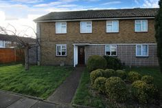 FOR SALE   2 BED GROUND FLOOR APARTMENT  RAINHAM ESSEX   For further details or to book a viewing please follow the link below or call the office on 01708554659   http://www.smartmove-property-services.co.uk/mobile/property-search~action=print,pid=313