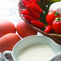Natural Pesticides Found in your Kitchen! You have got to read this - SO cool.