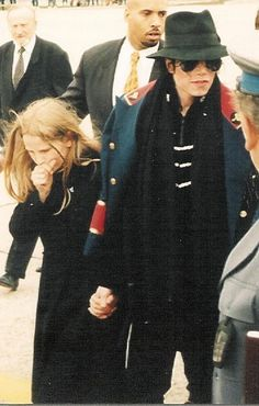 Photo of Michael, You Send Me for fans of Michael Jackson 40656398 Michael Jackson Quotes, Michael Jackson Bad Era, Mike Jackson, Paris Jackson, Jackson Family, Michael Jackson Smooth Criminal, Michael Jackson Photoshoot, Michael Jackson Neverland, Legendary Singers