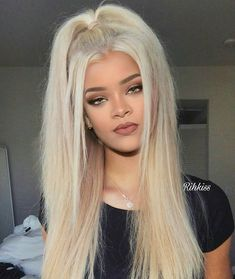 Image about girl in 👼🏼Loren Gray👼🏼 by rodriguezjovana Hair Color 2018, Cool Hair Color, 2018 Color, Loren Grey, Grey Blonde, Gray Hair, Gray Instagram, Grey Makeup, Wild Hair