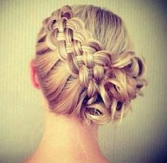 Thick woven braid. This would be beautiful on medium-long thick hair.