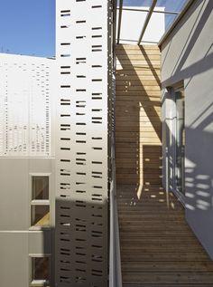 Le Marais Social Housing and Offices / Atelier du Pont