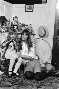 (♥) Jane Birkin & her daughter Kate.