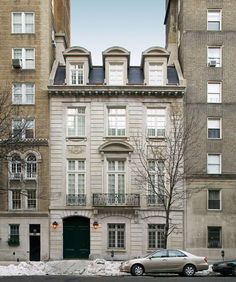 Andre Tchelistcheff updated the historic Cartier mansion to meet modern-day needs, but the building's character was left intact.