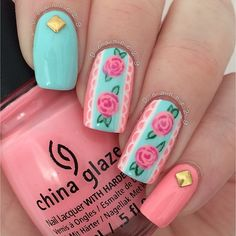 Spring is all about the flowers starting to bloom that is why spring nail designs 2020 are all about floral patterns. Adorn your season nails with the image of your favorite flowers and meet the spring in full armor! Nail Polish Designs, Nail Art Designs, Nails Design, Cute Nails, Pretty Nails, Les Nails, Floral Nail Art, Manicure E Pedicure, Shellac Nails