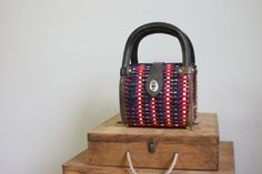 1950s red white and blue woven raffia bag / midcentury mod bag / mad men style / fourth of july