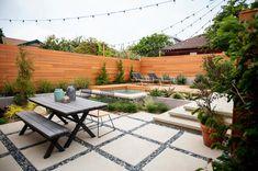 No Grass Backyard Ideas - Outdoor Space Inspiration Keine Gras-Hinterhof-Ideen - Raum-Inspiration im No Grass Backyard, Backyard Patio Designs, Backyard Retreat, Narrow Backyard Ideas, Modern Garden Design, Landscape Design, Contemporary Landscape, Modern Landscaping, Backyard Landscaping