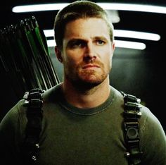 Stephen Amell...holy s**t ❤️❤️