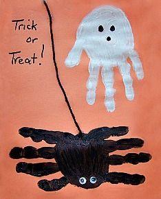Kids crafts: Fun Halloween Ghost & Spider Handprint Craft. #Manualidades infantiles #Childrens crafts #Manualidades para niños http://duluth.macaronikid.com/article/366741/halloween-ghost-and-spider-handprint-craft