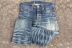 fade-friday-momotaro-x-japan-blue-0700sp-2-years-unknown-washes-folded