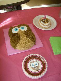 baby's 1st birthday owl cake   Owl cake and mini owl cake for baby's first birthday, shown ...   Rec ...
