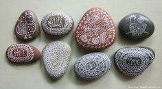 doodle pebbles | flora chang