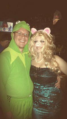 a17901661de Kermit and Miss Piggy. Laurie Iery Kassman · Halloween costumes