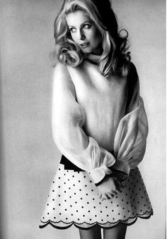 Catherine Deneuve, Vogue 1968