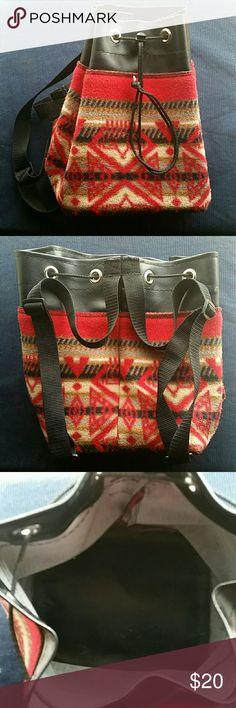 Host Pick Tribal Design Small Handbag Like new, clean inside and around. Bags Mini Bags