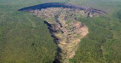 La «Puerta al Inframundo» de Siberia es tan grande que está revelando bosques antiguos
