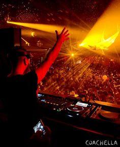 Coachella Festival, Concerts, Edm, Light Colors, Festivals, Musica, Bright Colours, Festival Party