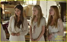 """Reign -- """"Snakes in the Garden""""-- Image Number: — Pictured (L-R): Caitlin Stasey as Kenna, Jenessa Grant as Aylee and Celina Sinden as Greer -- Photo: Ben Mark Holzberg/The CW -- © 2013 The CW Network, LLC. All rights reserved. Reign Mary, Mary Queen Of Scots, Reign Season 1, Celina Sinden, Lady Kenna, Marie Stuart, Caitlin Stasey, Reign Tv Show, Le Mont St Michel"""