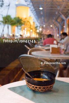 Tacacá servido em restaurante na Estação das Docas, Belém do Pará © flaviocoelho.com (stock photo)