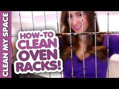 Dirty oven racks are super easy to clean. Dirty oven racks are the sign of a house that's being lived in. After all, an oven rack gets dirty by using it to Cleaning Oven Racks, Self Cleaning Ovens, Household Cleaning Tips, Cleaning Recipes, House Cleaning Tips, Diy Cleaning Products, Cleaning Solutions, Cleaning Hacks, Kitchen Cleaning