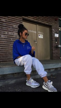 740414d38d5  Follow  IllumiLondon for more Streetwear Collections   IllumiLondon Baddie  Outfits Party